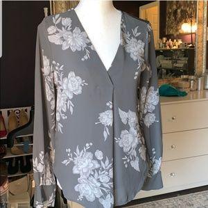 NWT Ann Taylor grey floral top